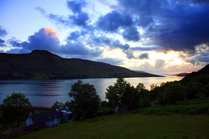 Broomview B&B Ullapool - overlooking Loch Broom